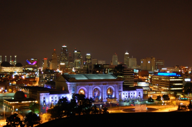 Union Station and the Kansas City downtown skyline